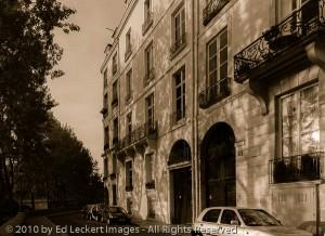 Summer Morning on the Quai d'Anjou