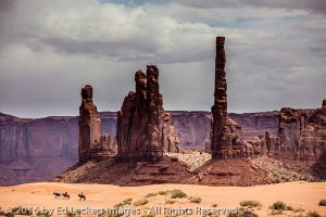 Totem Pole Trail Ride, Monument Valley, Arizona